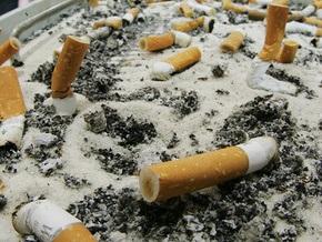 Украина без табачного дыма: В Киеве ежедневно выбрасывают 10 тонн окурков