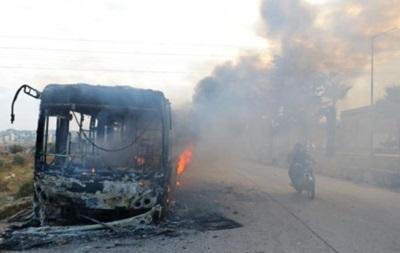У Сирії спалили автобуси для евакуації людей