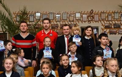 58 тысяч детей получили подарки в День Николая от Фонда Бориса Колесникова