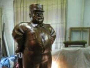 В Полтавской области установили памятник гаишнику