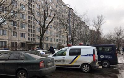 В Киеве со стрельбой задержали угрожавшего взорвать гранату
