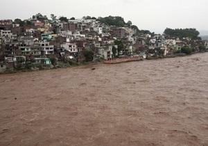 Жертвами наводнений в Индии стали более 30 человек