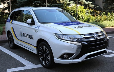 Підраховано реальну вартість Mitsubishi, закуплених Нацполіцією