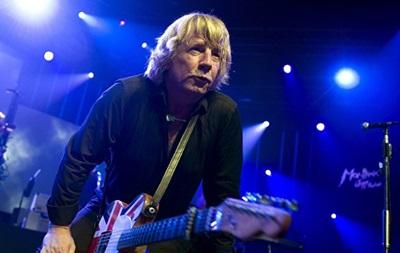 Помер гітарист групи Status Quo