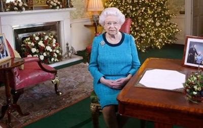 Єлизавета II пропустить різдвяну службу через застуду