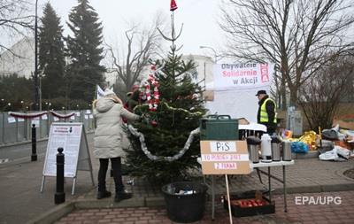 Польские оппозиционеры дежурят в Сейме