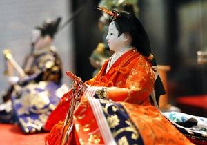 Фотогалерея: Три века японской моды. Выставка кимоно в Киеве