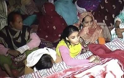 Число жертв отравленного самогона в Пакистане превысило 40