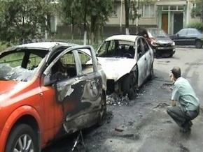 В Киеве горели два автомобиля и Богдан