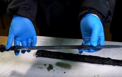 Китайські археологи виявили меч віком 2,3 тисячі років