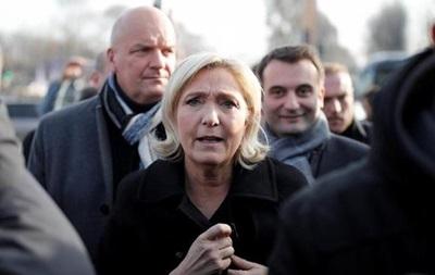 Банки Франції відмовилися фінансувати Ле Пен