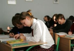 Абитуриентов предостерегают от фальшивых ответов на тесты
