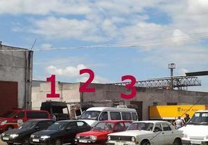 В Мукачево на автостоянке сгорело три фуры и микроавтобус