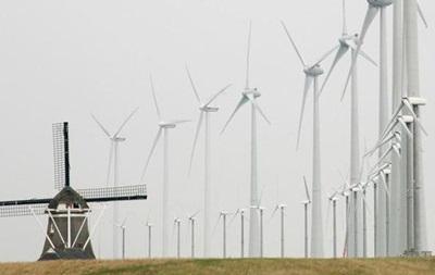 Усі поїзди в Нідерландах перевели на вітроенергію