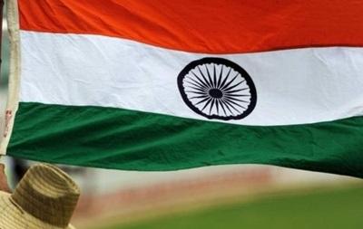 Індія змусила Amazon вилучити з продажу килимки з прапором