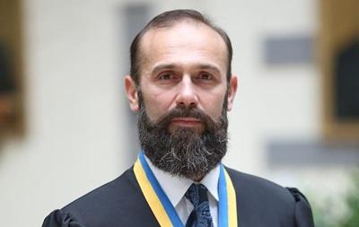 Суддя Ємельянов збирається через суд повернутися на роботу