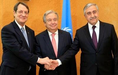 Переговори щодо об єднання Кіпру завершилися безрезультатно