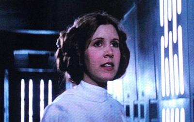 Принцесу Лею передумали  воскрешати  у  Зоряних війнах