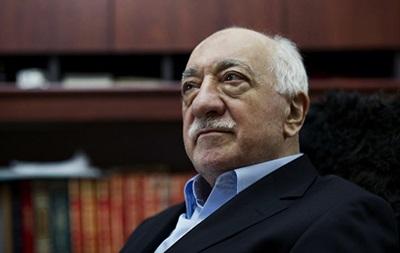 На Кіпрі за зв язки з Ґюленом заарештовані дев ять турецьких полковників