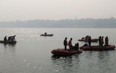 В Індії на річці Ганг перекинувся човен - загинули 26 людей