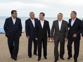 На саммит глав СНГ в Кишиневе приедут лишь 7 из 11 президентов стран Содружества
