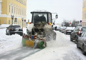 В Одессе борются со снежными заносами. Чрезвычайное положение в городе не вводили