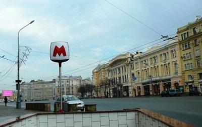 У Харкові чоловік кинувся під поїзд метро