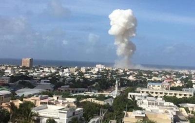 Терористи захопили готель у столиці Сомалі