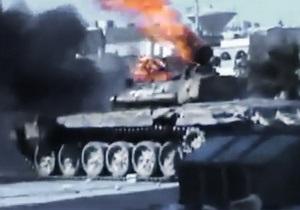 В Алеппо сирийская армия с танками продолжает бои с боевиками