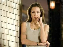 Джоли сыграла в Особо опасен, чтобы избавиться от депрессии