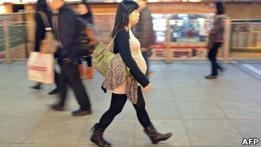 Китай будет штрафовать матерей, рожающих в Гонконге