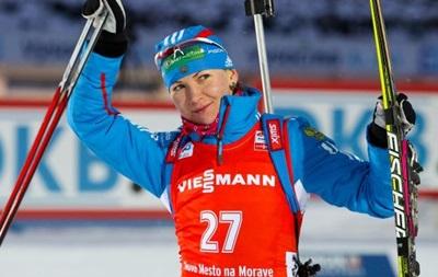IBU временно отстранил от соревнований российскую биатлонистку
