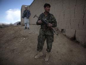 Афганским военным значительно повысили зарплаты
