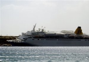 В Египте круизный лайнер протаранил пирс. Есть погибшие и пострадавшие