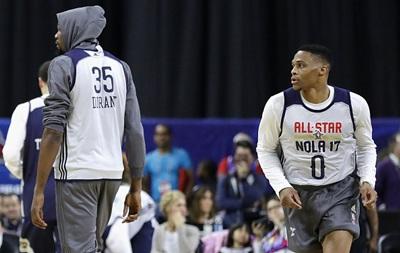 НБА. Двоє учасників Матчу зірок не привіталися один з одним