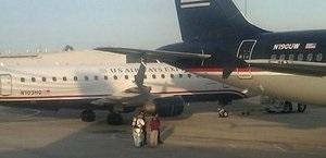 В аэропорту американского штата Род-Айленд столкнулись два самолета