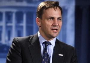 Авиакатастрофа под Смоленском: МИД Польши раскритиковал партию Качиньского за обращение к США