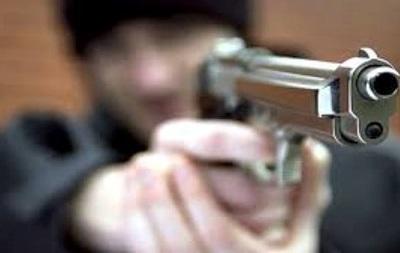 На Закарпатті біля ресторану розстріляли людину