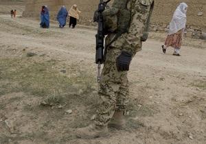 СМИ: Румынские военнослужащие застрелили афганского офицера, приняв его за боевика