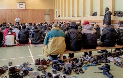 В Швеции подожгли центр для мигрантов: 20 пострадавших