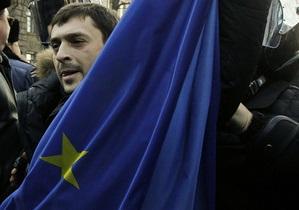 Глава миссии ЕС в Киеве заверил, что кризис в Европе не повлияет на переговоры с Украиной