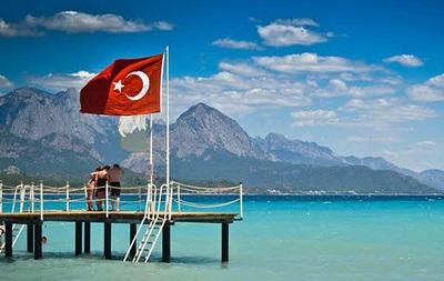 Українці їздитимуть до Туреччини за ID-картками вже влітку - посол