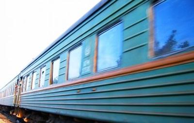 У Запоріжжі поїзд протаранив Жигулі, загинув водій