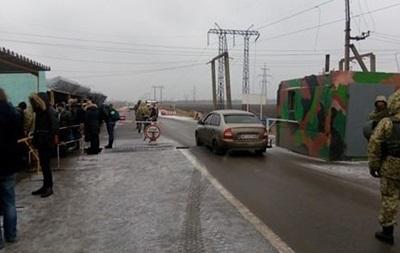 Обстрел КП Марьинка: ранен пограничник