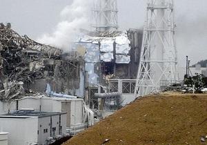 Реактор Фукусимы-1 вновь поливают водой