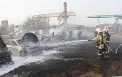В Крыму на стоянке сгорели 14 авто