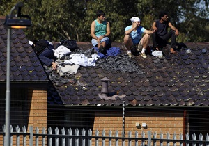 В Австралии выходцы из Ирака и Афганистана сожгли миграционный центр