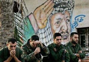 Израильский эксперт предположил, что полоний попал в вещи Арафата после его смерти