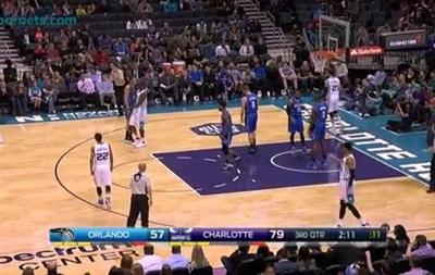 Мощный данк Уильямса - лучший момент игрового дня в НБА