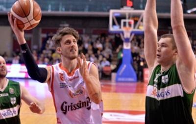 Українці за кордоном: вдалі матчі і поразки в баскетболі